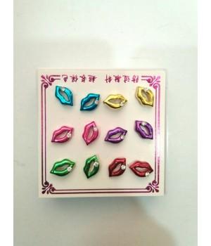 Серьги гвоздики губы