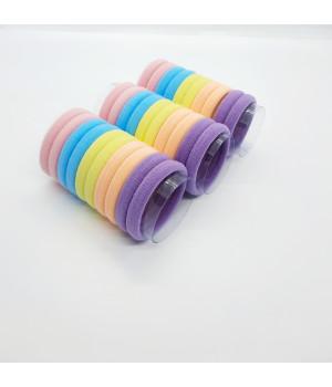 Набор бесшовных резинок светлые 30 шт